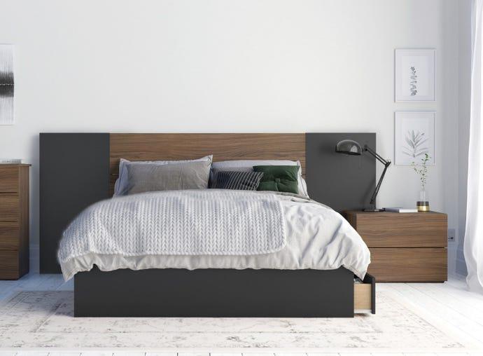 Onyx 4 Piece Full Size Bedroom Set, Walnut and Black